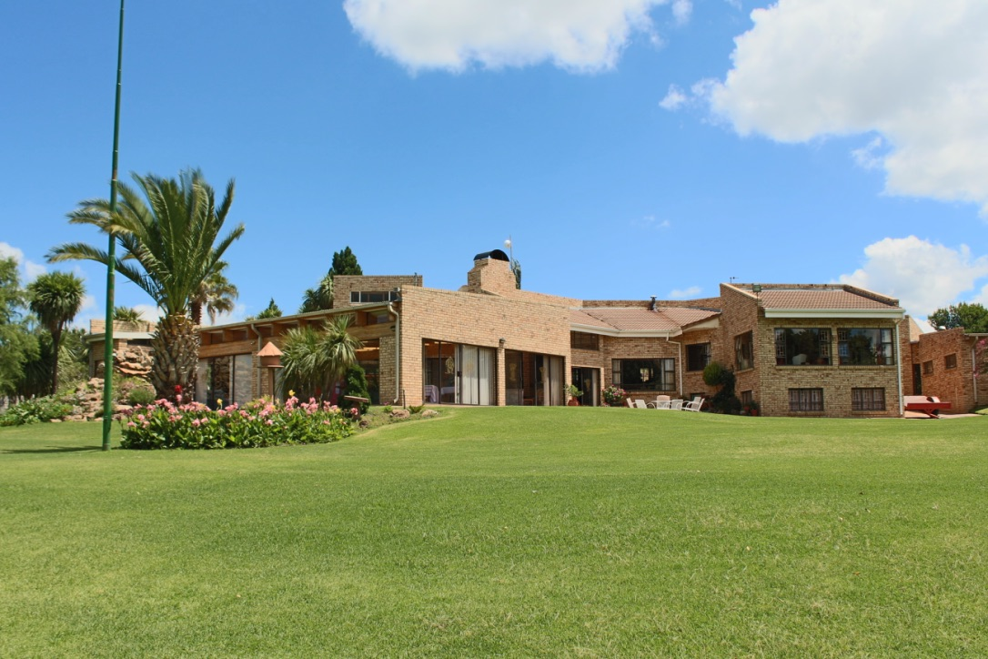 7 BedroomHouse For Sale In Harrismith