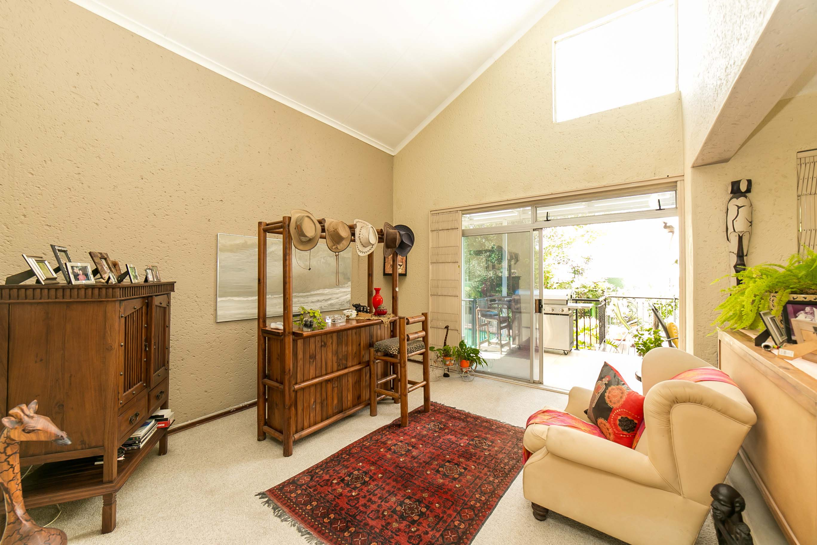 4 Bedroom House for sale in Lonehill ENT0082001 : photo#3