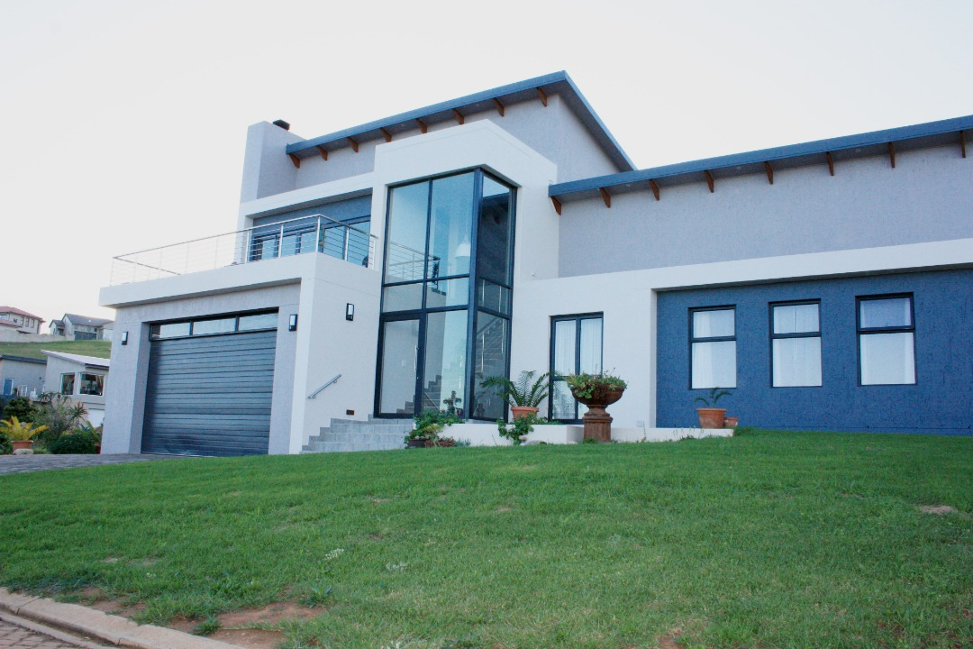 Modern 3 Bedroom House for sale in Monte Christo