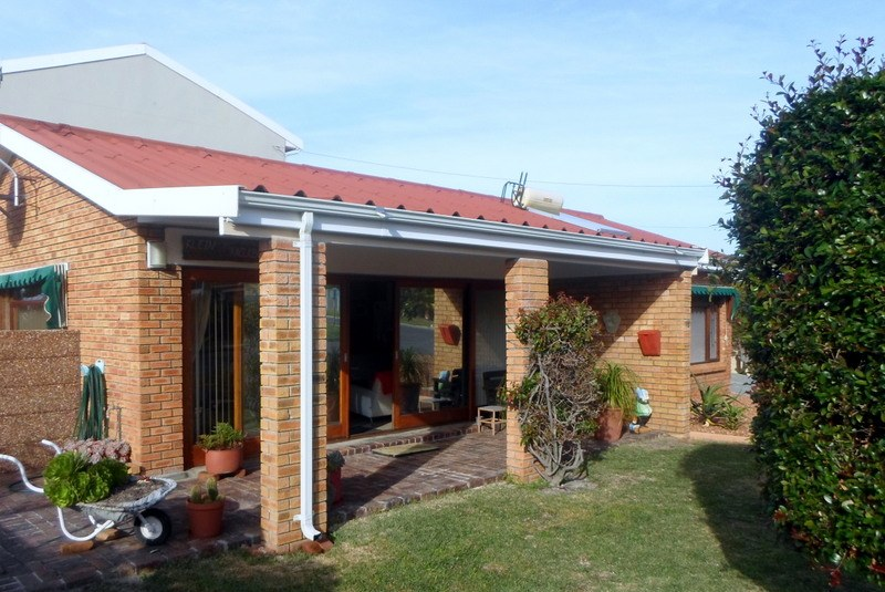 3 Bedroom House for Sale in Heuningkloof