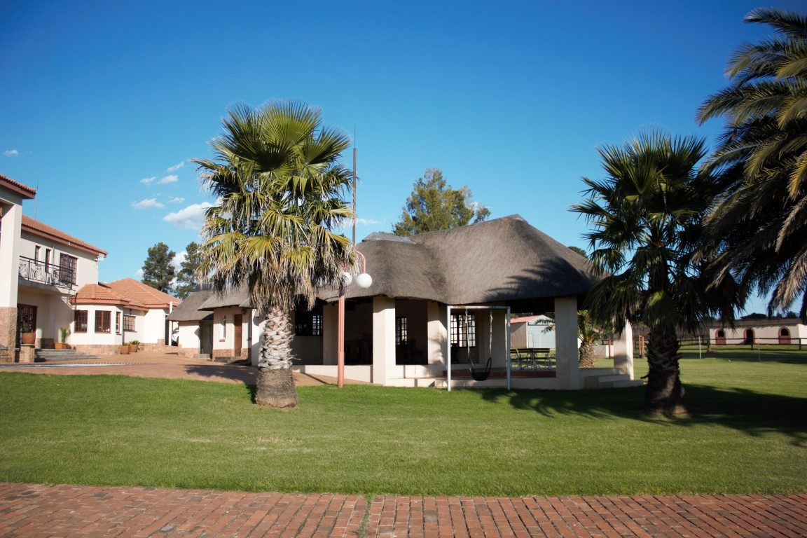 36 Hectare small holding in Hartzenbergfontein