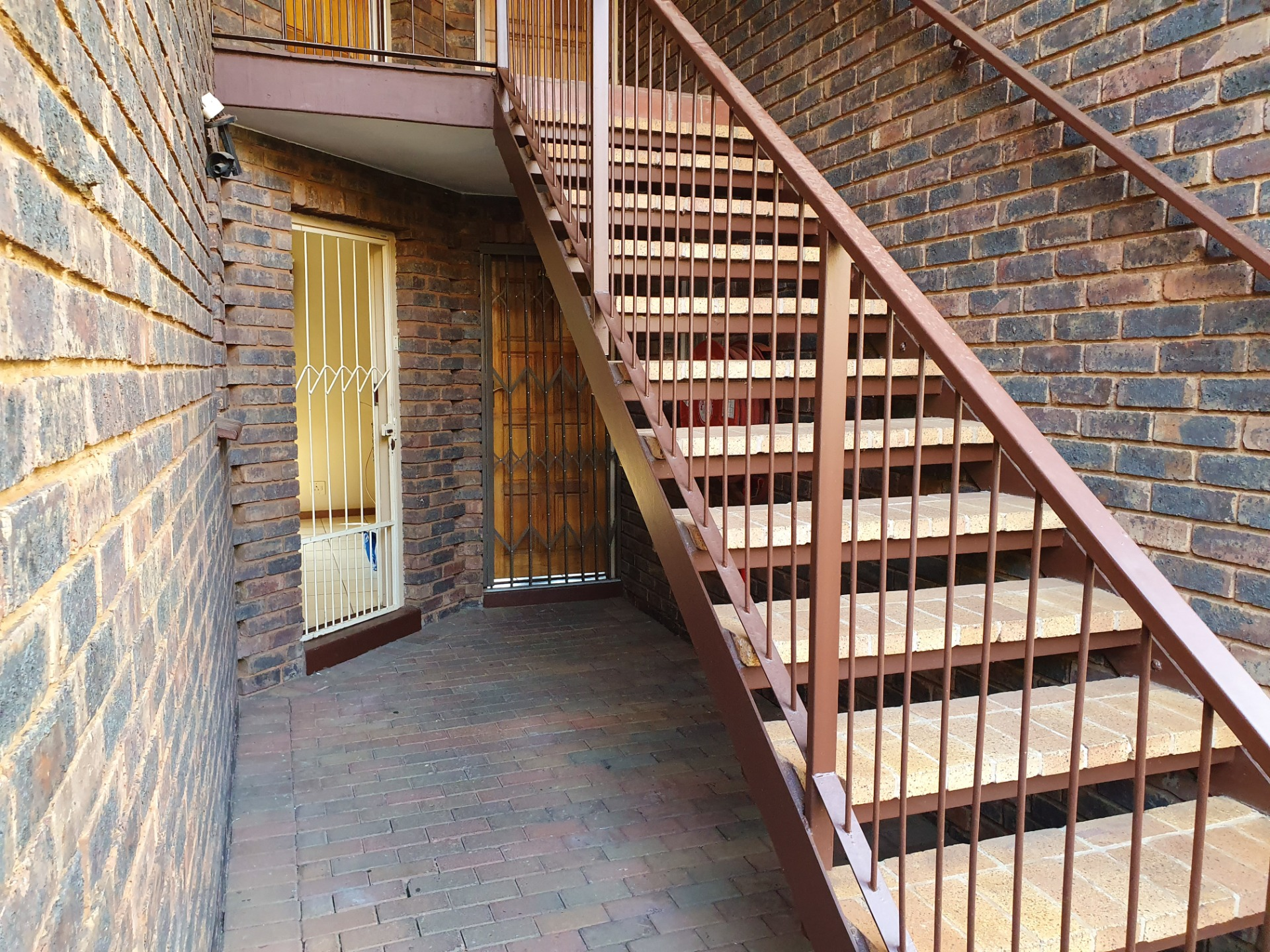 Popular ZwartkopLiving - Neat, Tidy and Spacious 2 bed Ground floor private garden unit in secure Complex