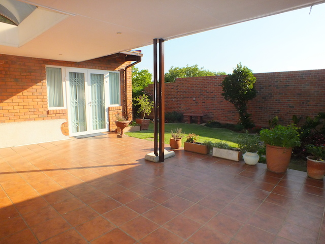 3 Bedroom House for Sale in Rivonia