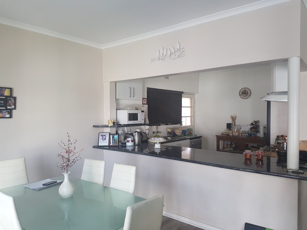 3 Bedroom House for sale in Ottery ENT0016594 : photo#2