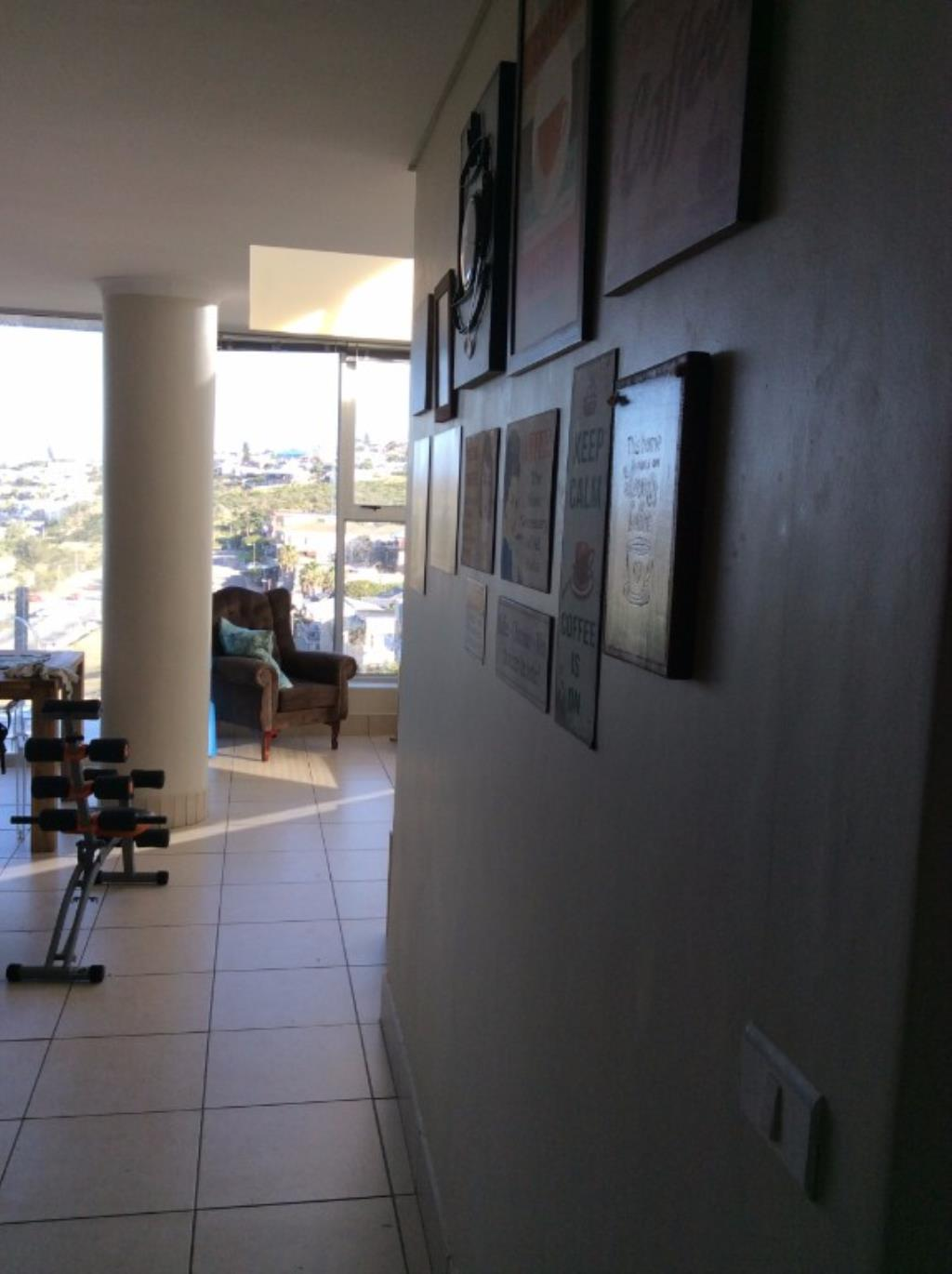 2 BedroomApartment For Sale In Dias