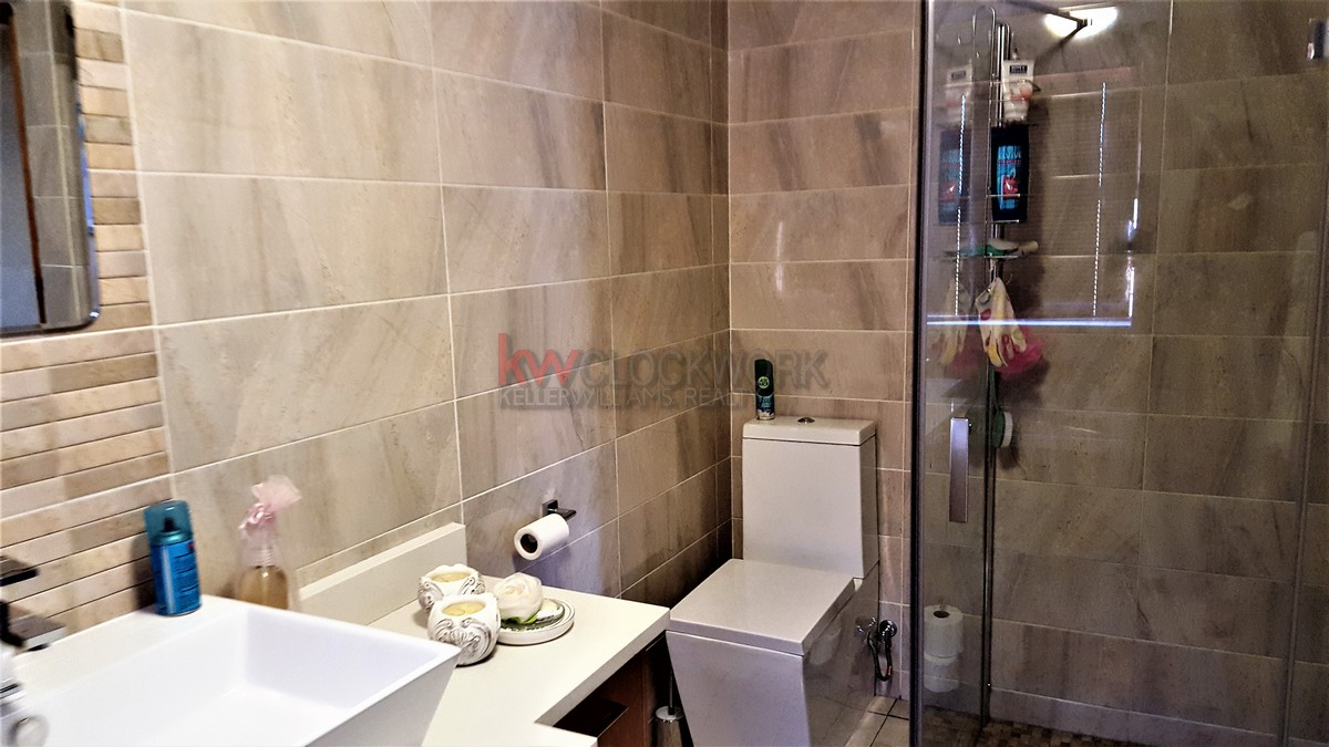 3 Bedroom Townhouse for sale in Bassonia ENT0044188 : photo#7