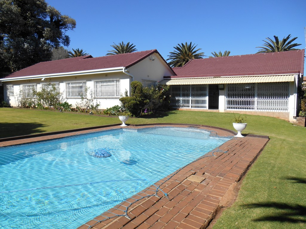 4 BedroomHouse For Sale In Bedfordview