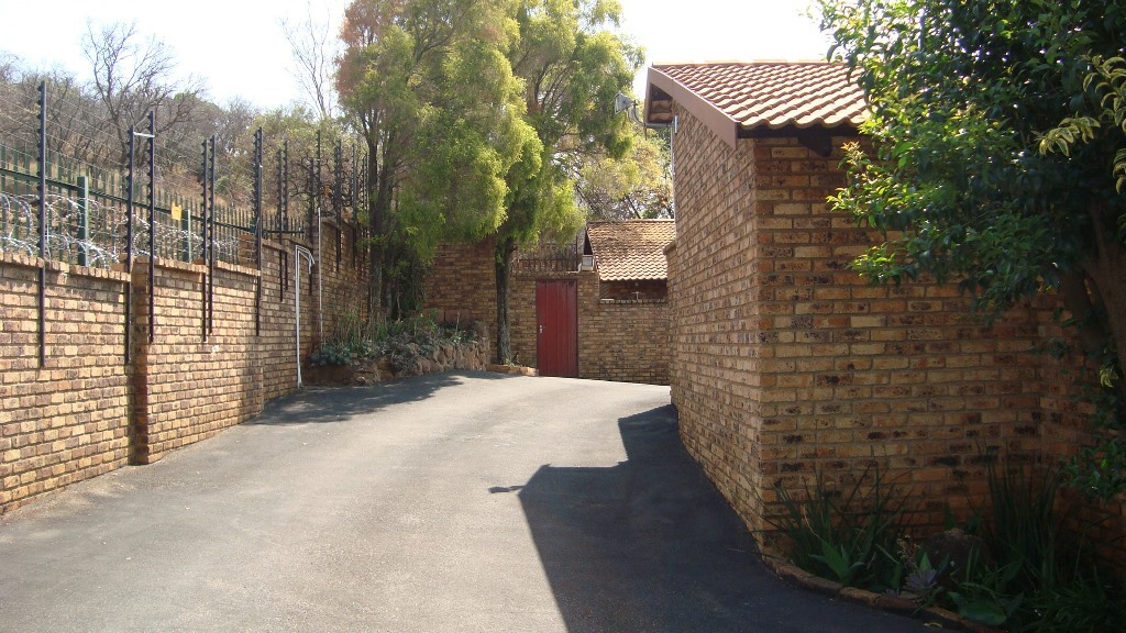 3 Bedroom Townhouse for sale in Glenvista ENT0067781 : photo#10
