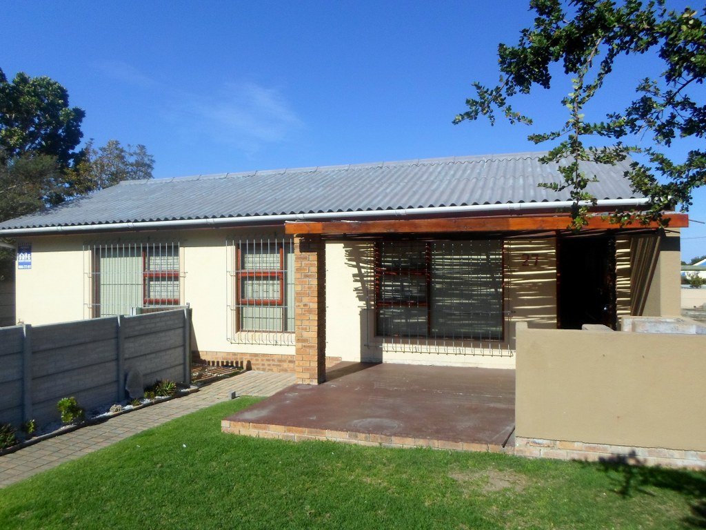 3 BEDROOM HOME FOR SALE IN KLEINMOND