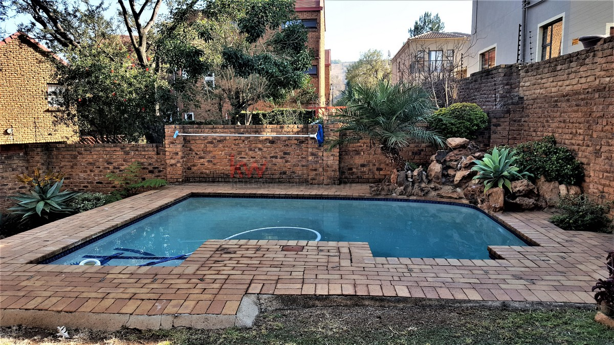 3 Bedroom Townhouse for sale in Bassonia ENT0044188 : photo#8