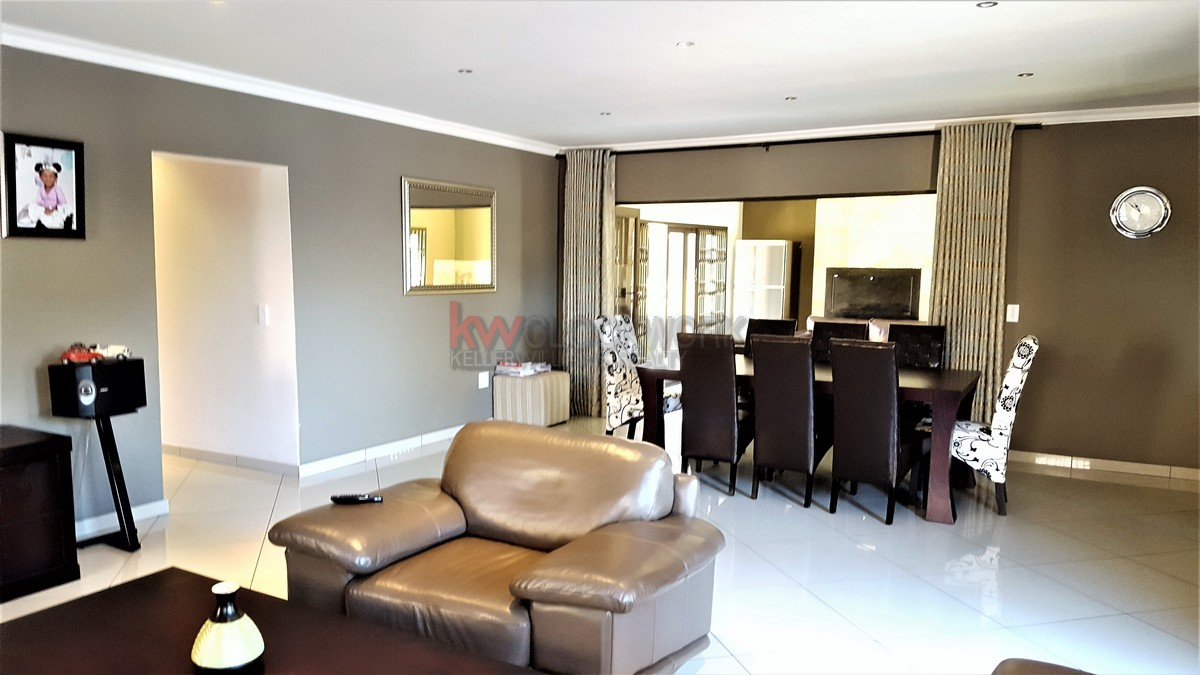 3 Bedroom Townhouse for sale in New Redruth ENT0055405 : photo#9