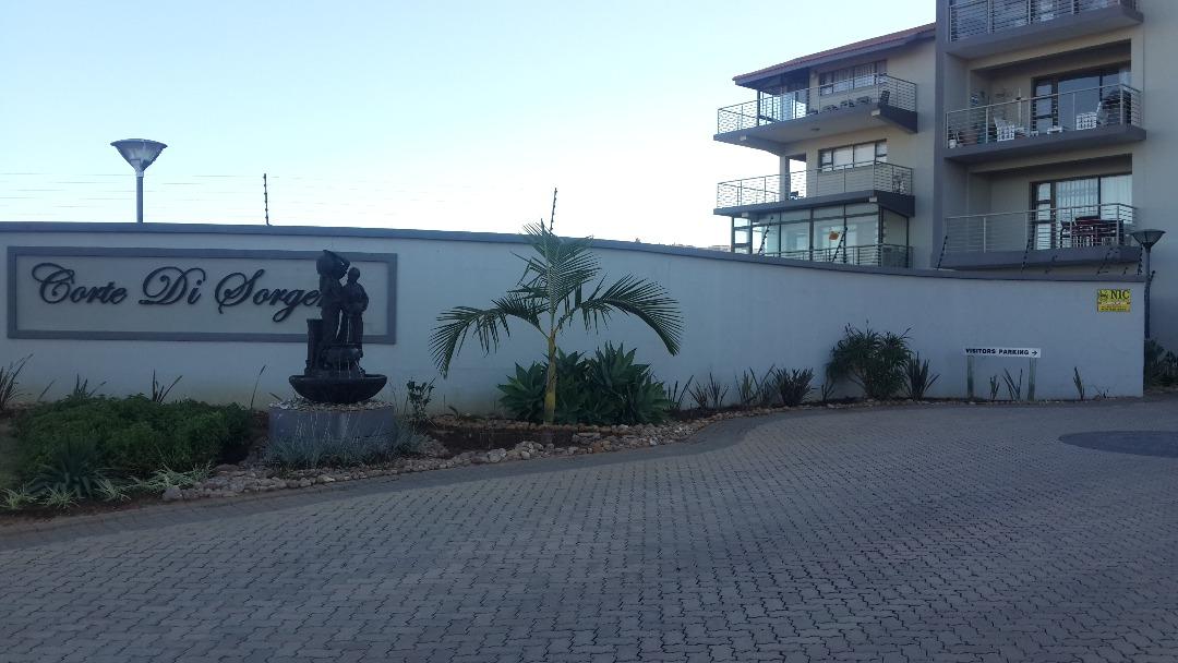 2 bedroom, 1 bathroom apartment in secure complex, in Hartenbos, Mosselbay