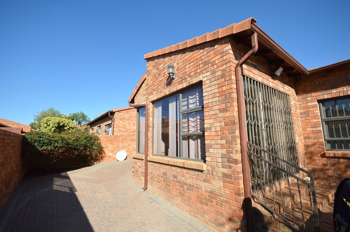 3 Bedroom Townhouse for sale in North Riding ENT0029080 : photo#15