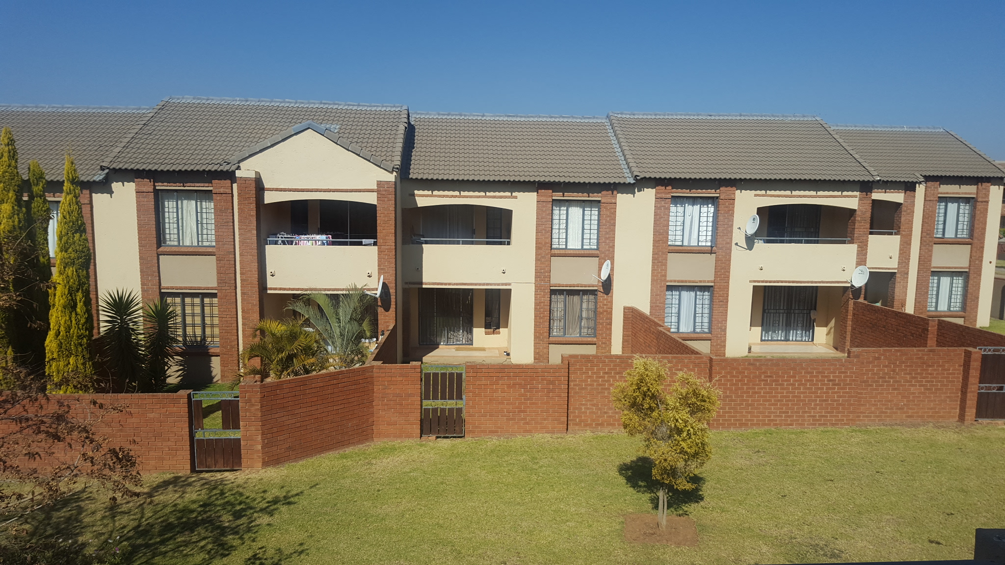 2 Bedroom Townhouse for sale in Mooikloof Ridge ENT0037652 : photo#0