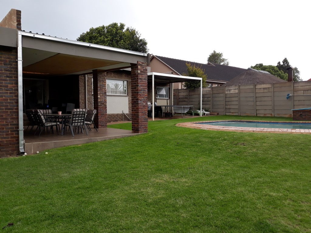 3 Bedroom House for sale in Verwoerdpark ENT0084761 : photo#1