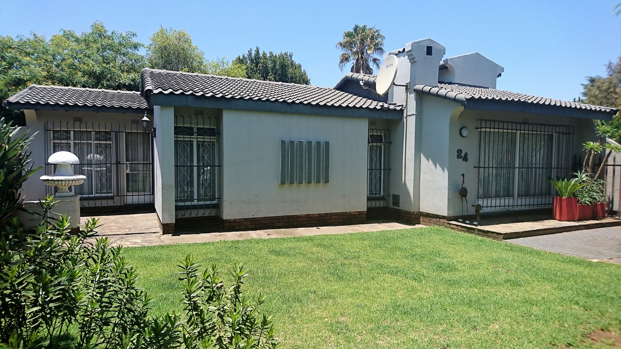 3 BedroomHouse For Sale In Brackendowns