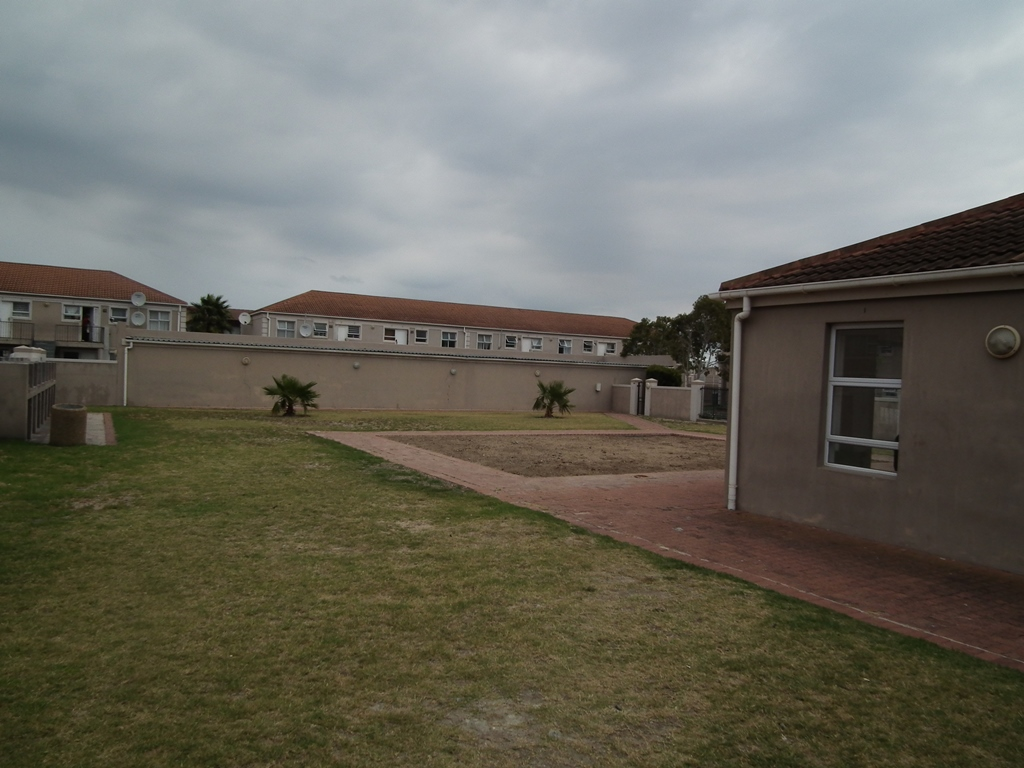 2 BedroomApartment Pending Sale In Strand Central