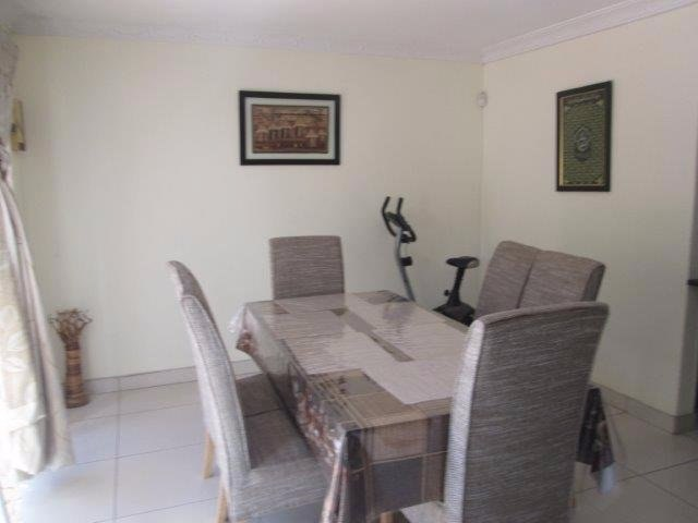 3 Bedroom Townhouse for sale in Bassonia ENT0072709 : photo#2