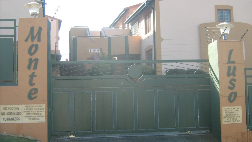 2 Bedroom Townhouse for sale in Mulbarton ENT0032666 : photo#11