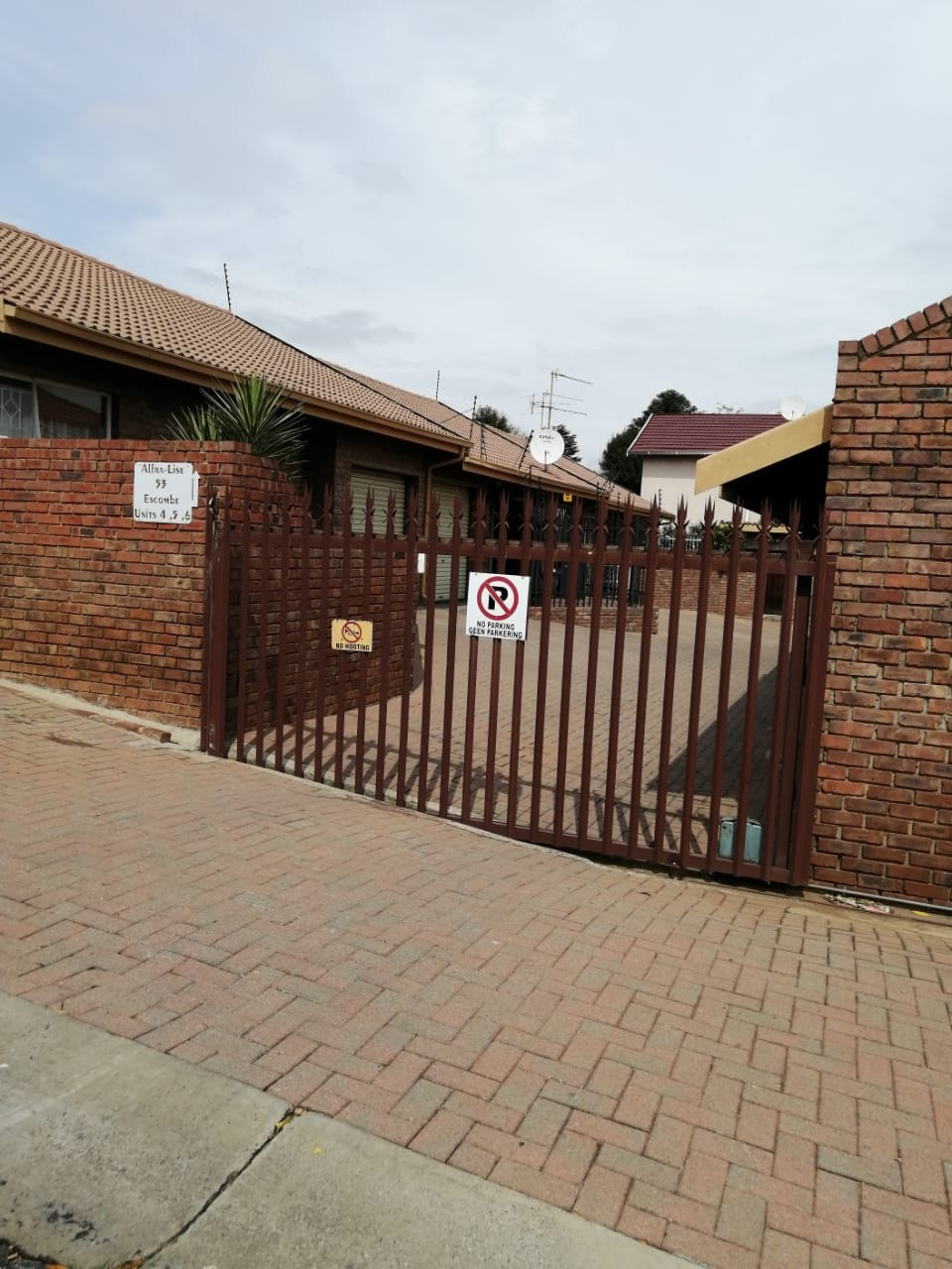 Beautiful Cluster for sale in Brakpan