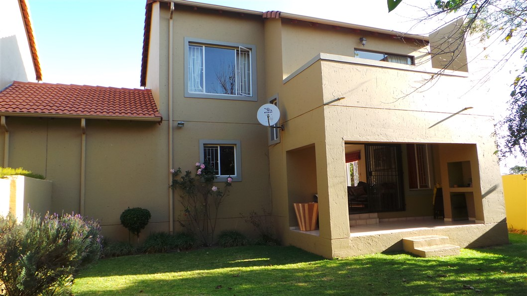 3 Bedroom Townhouse for sale in Northgate ENT0033297 : photo#24