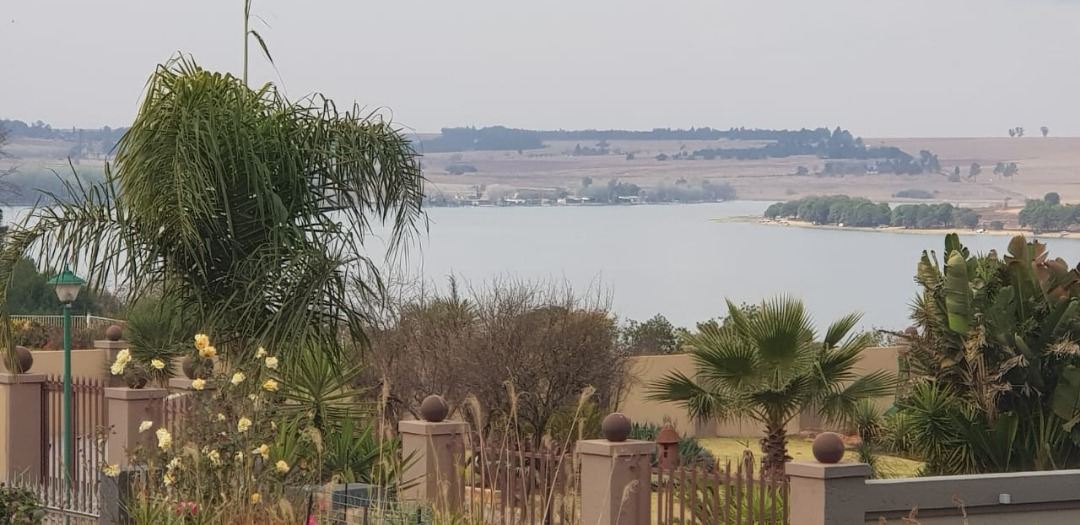Luxury 2 bedroom Cottage in Kungwini Country Estate