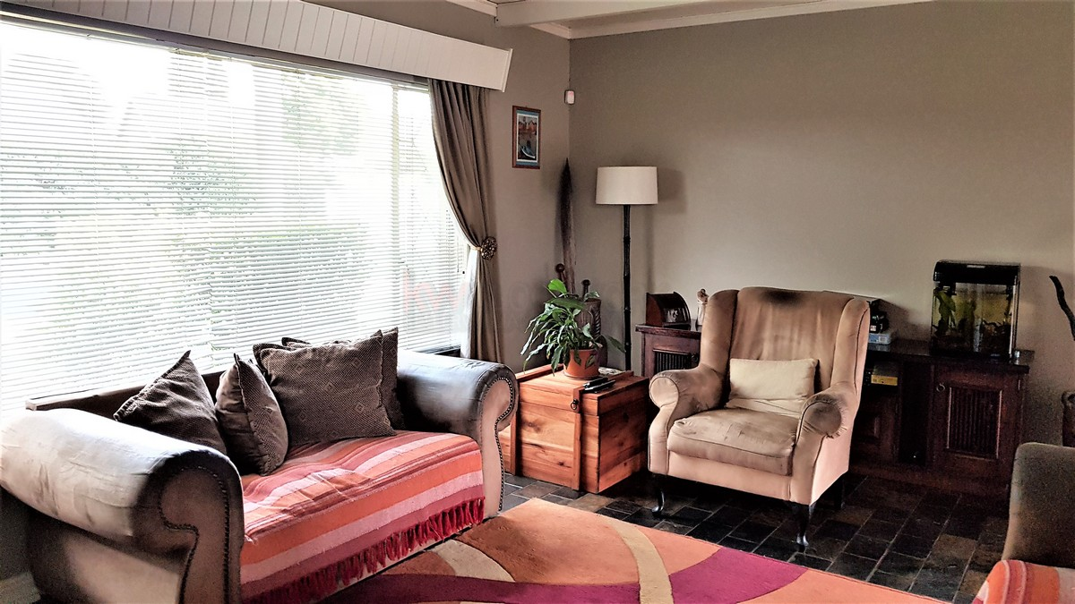 3 Bedroom House for sale in Verwoerdpark ENT0084389 : photo#5