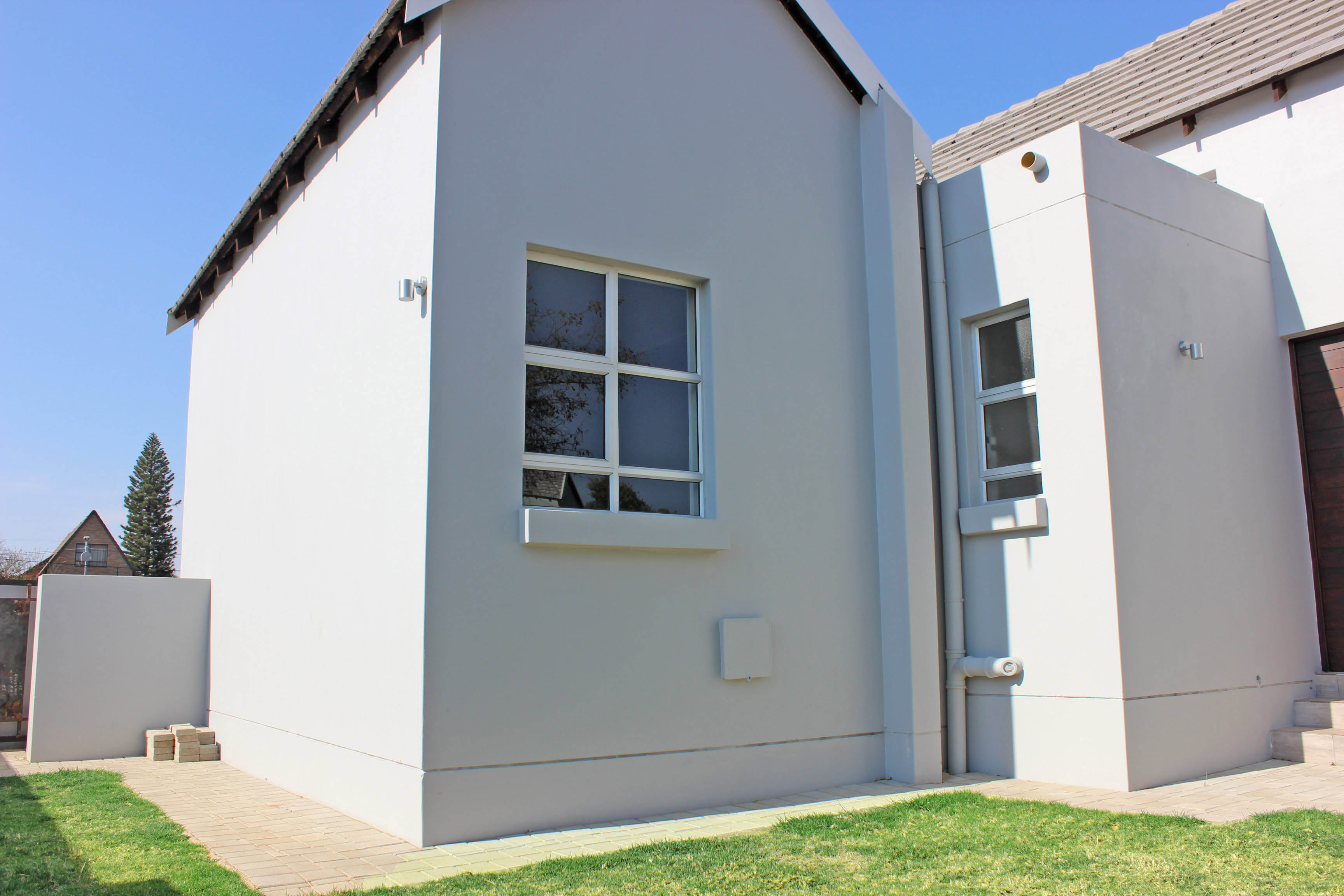 3 Bedroom Townhouse for sale in North Riding ENT0075308 : photo#1