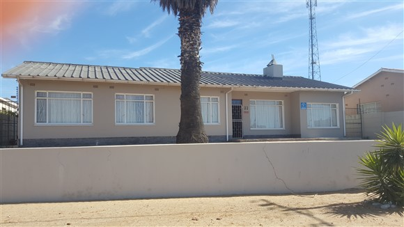 3 BedroomHouse For Sale In Lamberts Bay