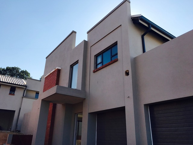 3 Bedroom Town House for sale in Lynnwood