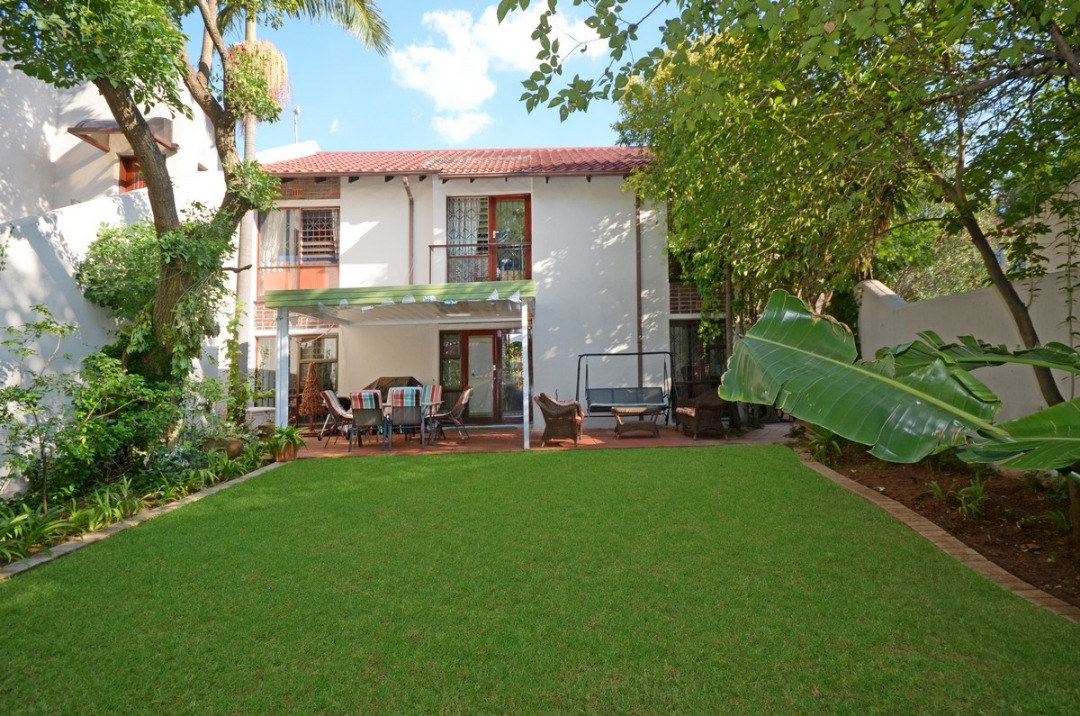 Beautiful 3Bed Cluster For Sale