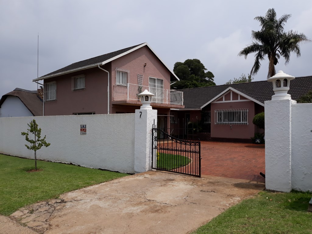 3 Bedroom House for sale in Verwoerdpark ENT0084746 : photo#3