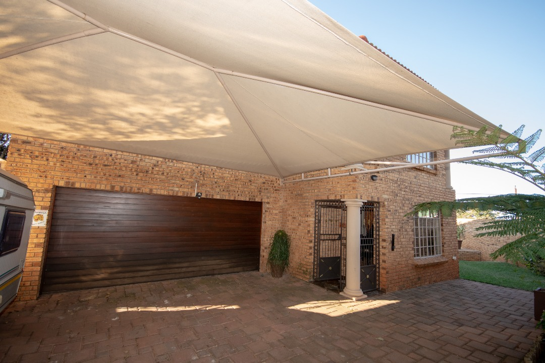 3 BedroomHouse For Sale In Cashan Ext 4