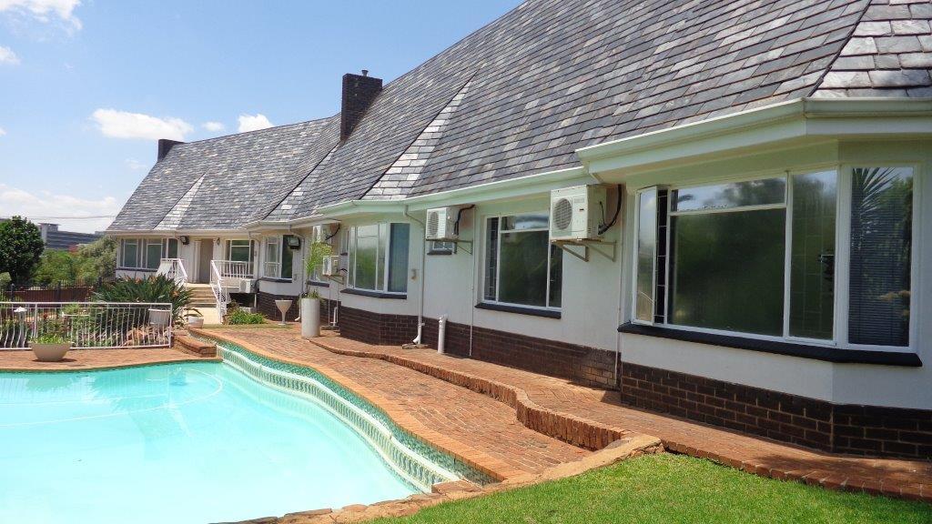 4 Bedroom home for sale in Groenkloof