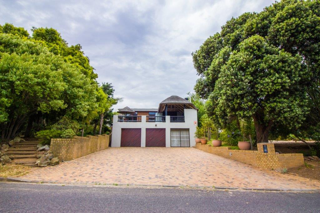3 BedroomHouse For Sale In Kenridge