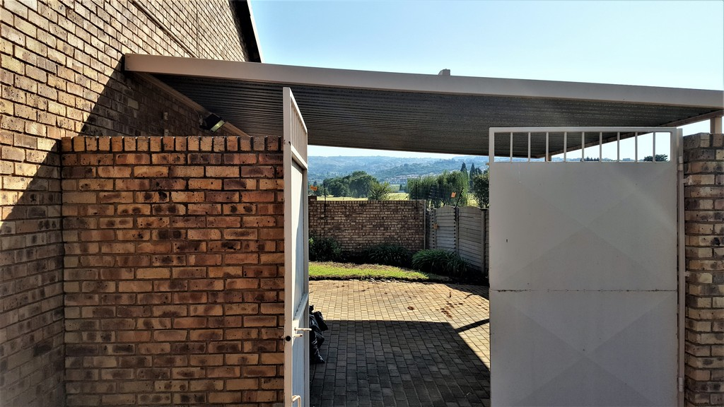 3 Bedroom Townhouse for sale in Glenvista ENT0029817 : photo#15