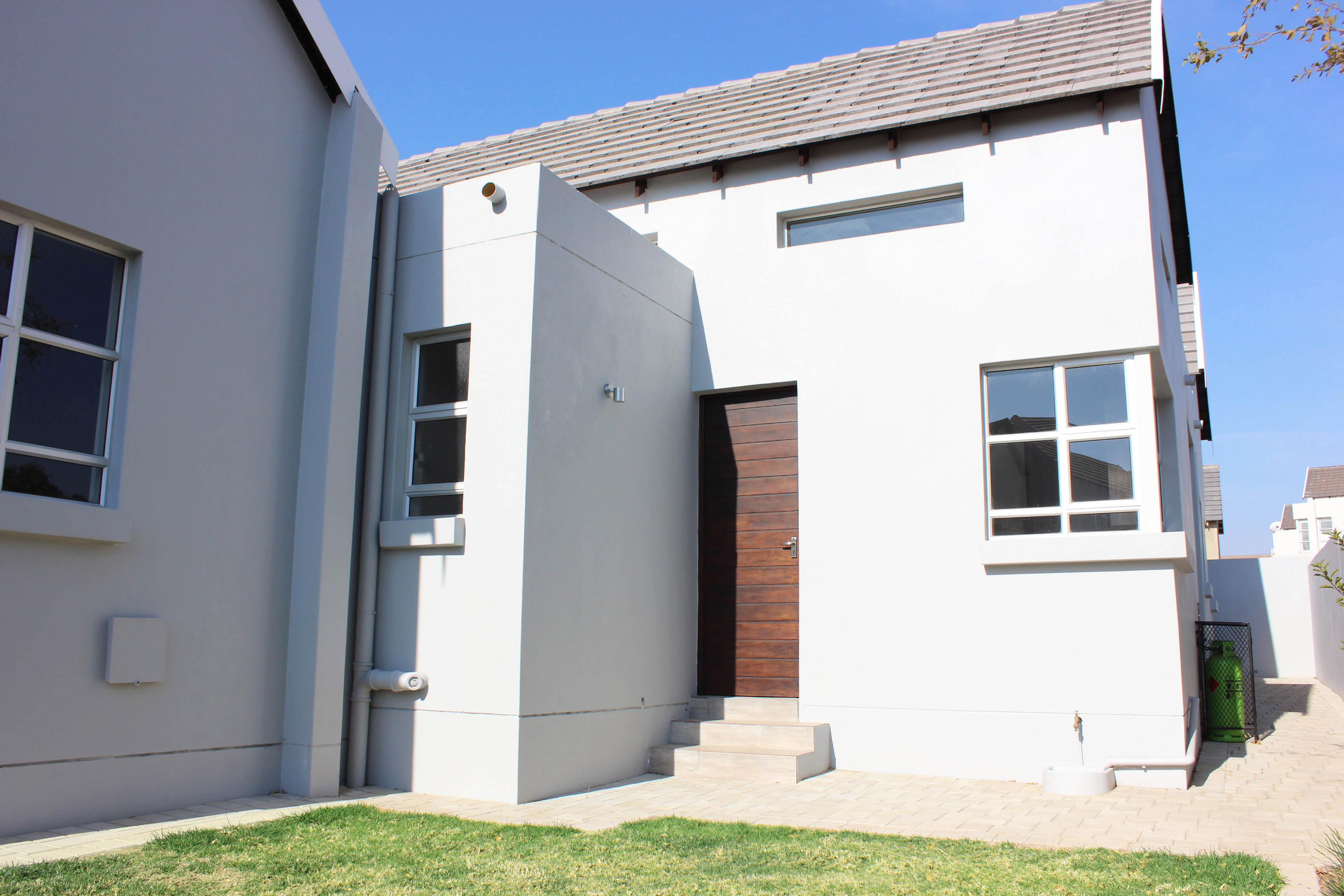 3 Bedroom Townhouse for sale in North Riding ENT0075308 : photo#2