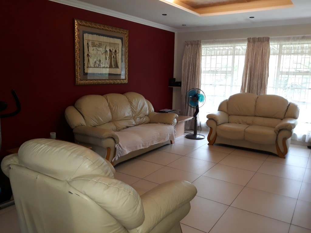 3 Bedroom House for sale in Verwoerdpark ENT0084761 : photo#14
