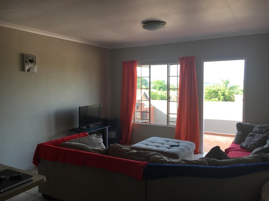 2 Bedroom Apartment pending sale in Radiokop ENT0016850 : photo#4
