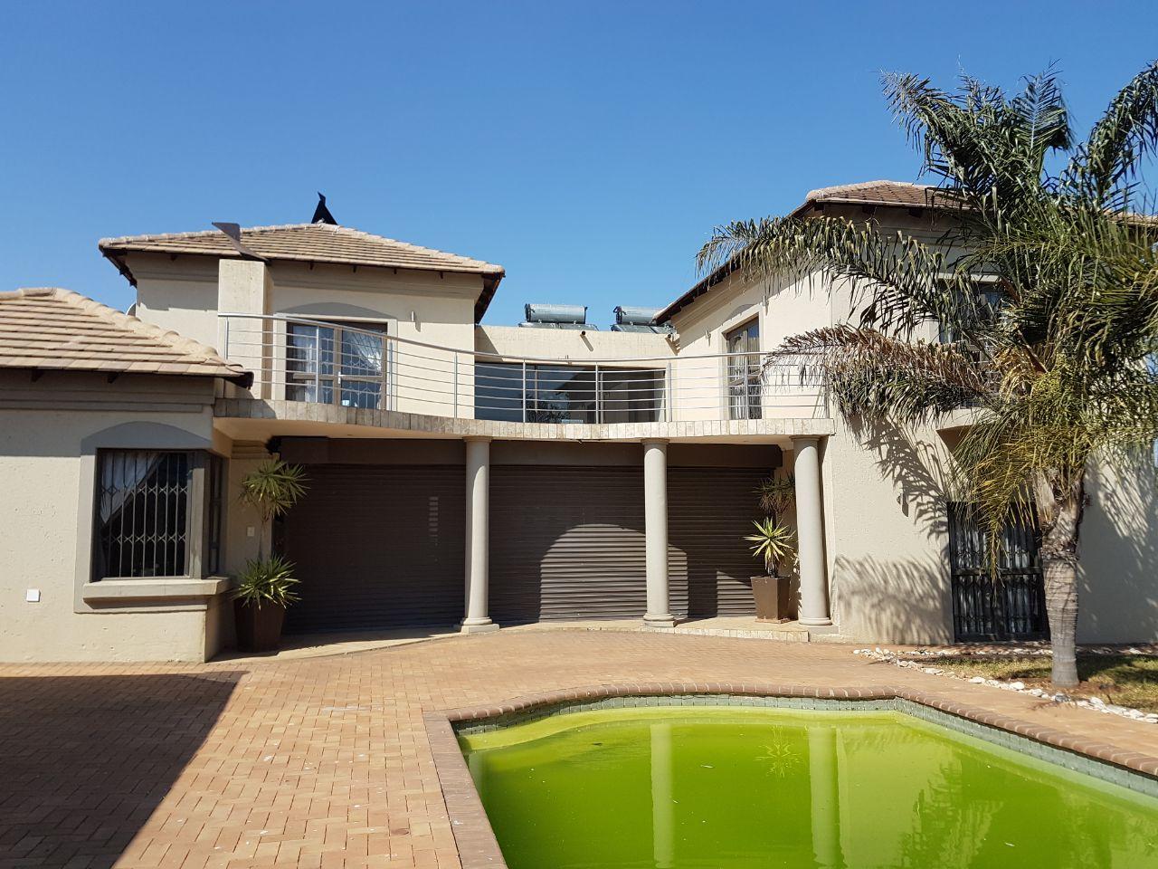 5 Bedroom House for sale in Eldoraigne ENT0074650 : photo#0