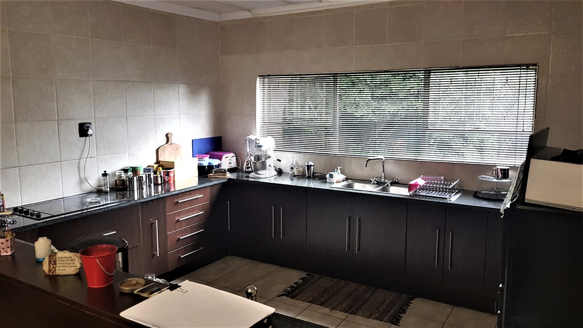 3 Bedroom House for sale in Verwoerdpark ENT0087064 : photo#1
