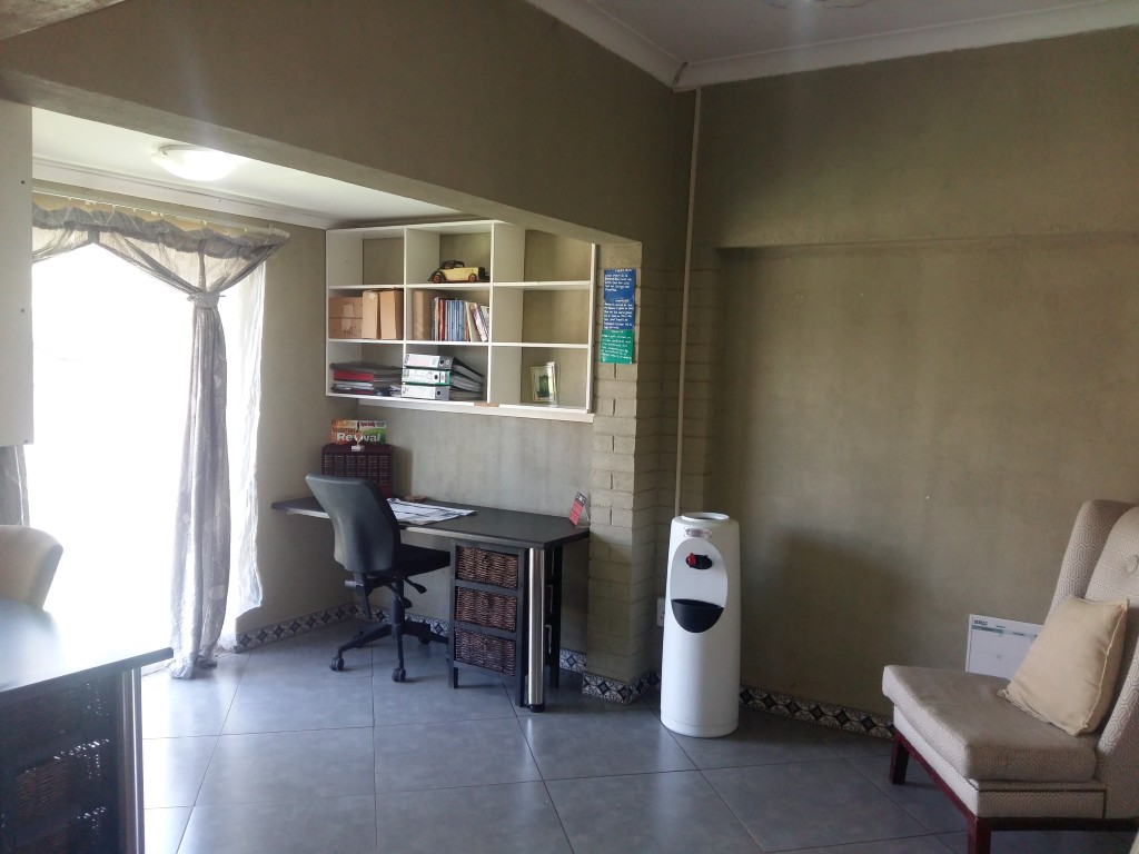 3 Bedroom House for sale in Florentia ENT0090584 : photo#4