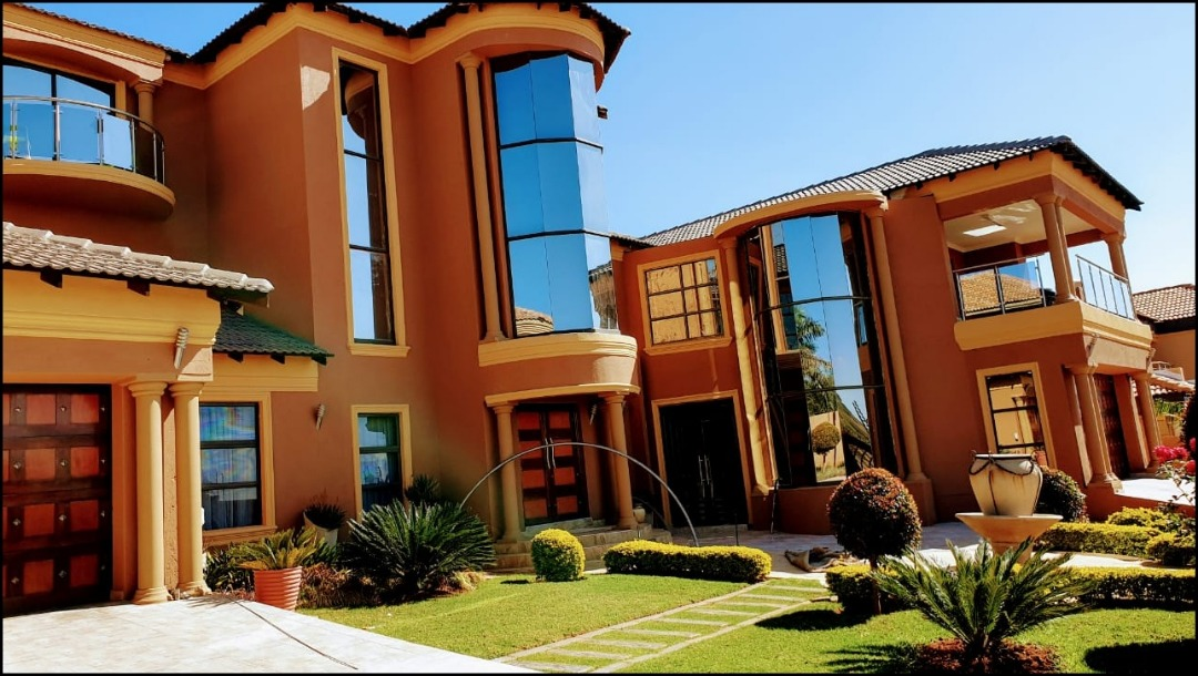 6 bedroom family mansion for sale