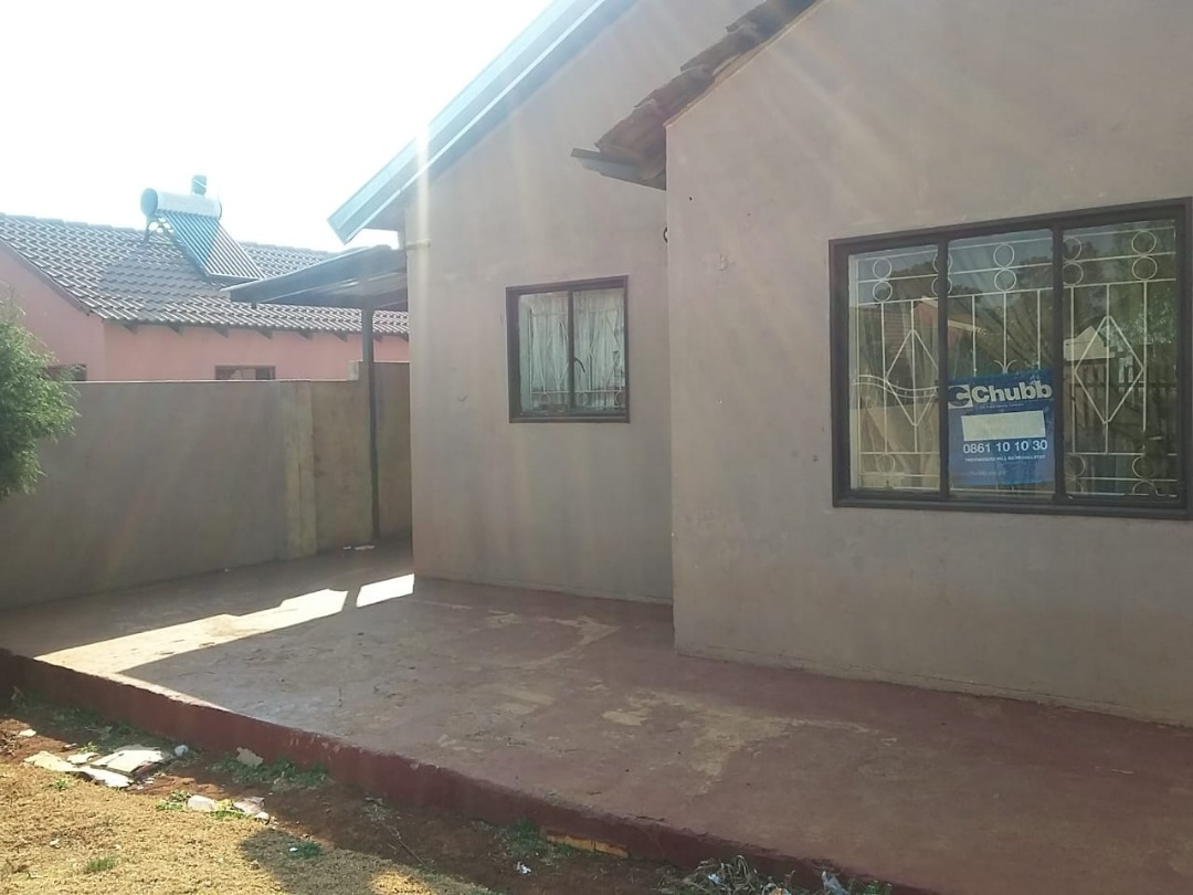Two Bedroom home for sale in Villa Liza