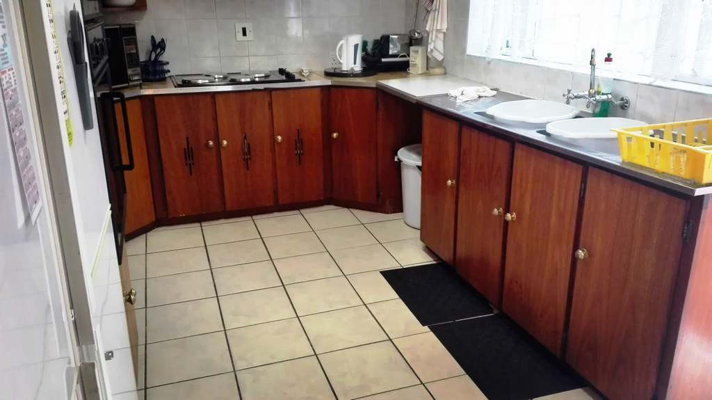 4 Bedroom House for sale in Garsfontein ENT0083808 : photo#14