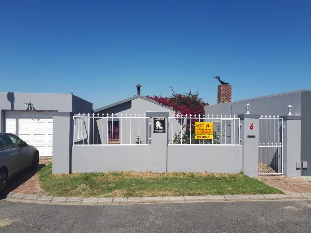 3-bedroom house for sale in Langeberg Ridge