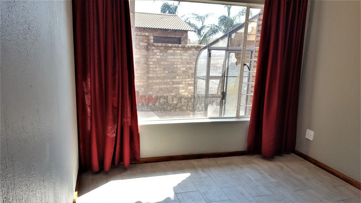 3 Bedroom Townhouse for sale in Glenvista ENT0067829 : photo#11