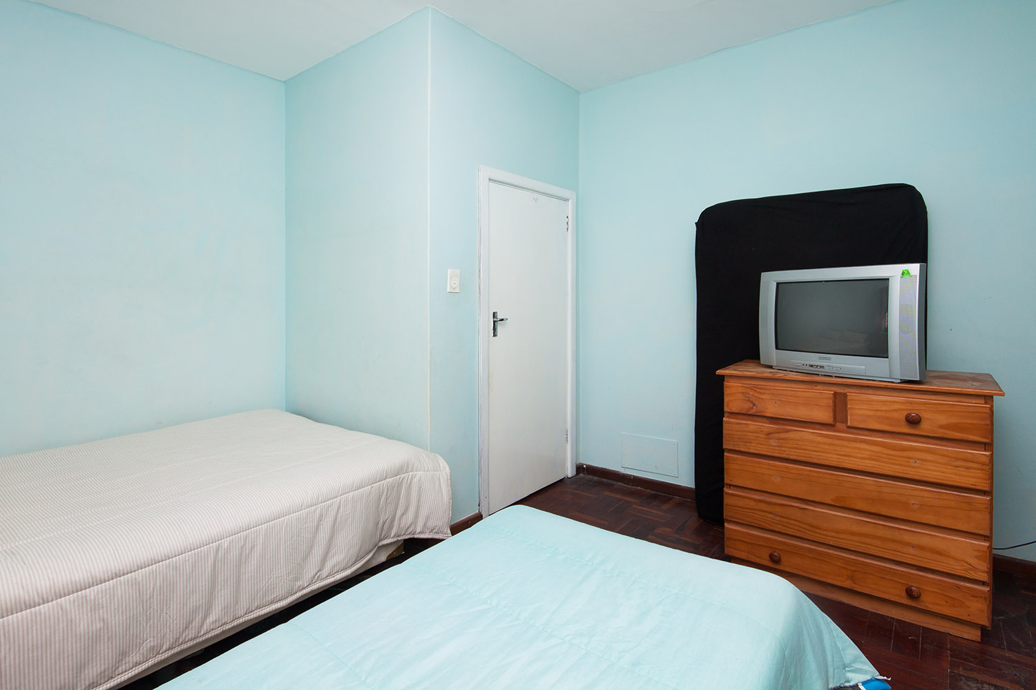 2 Bedroom Apartment pending sale in Humewood ENT0048095 : photo#17
