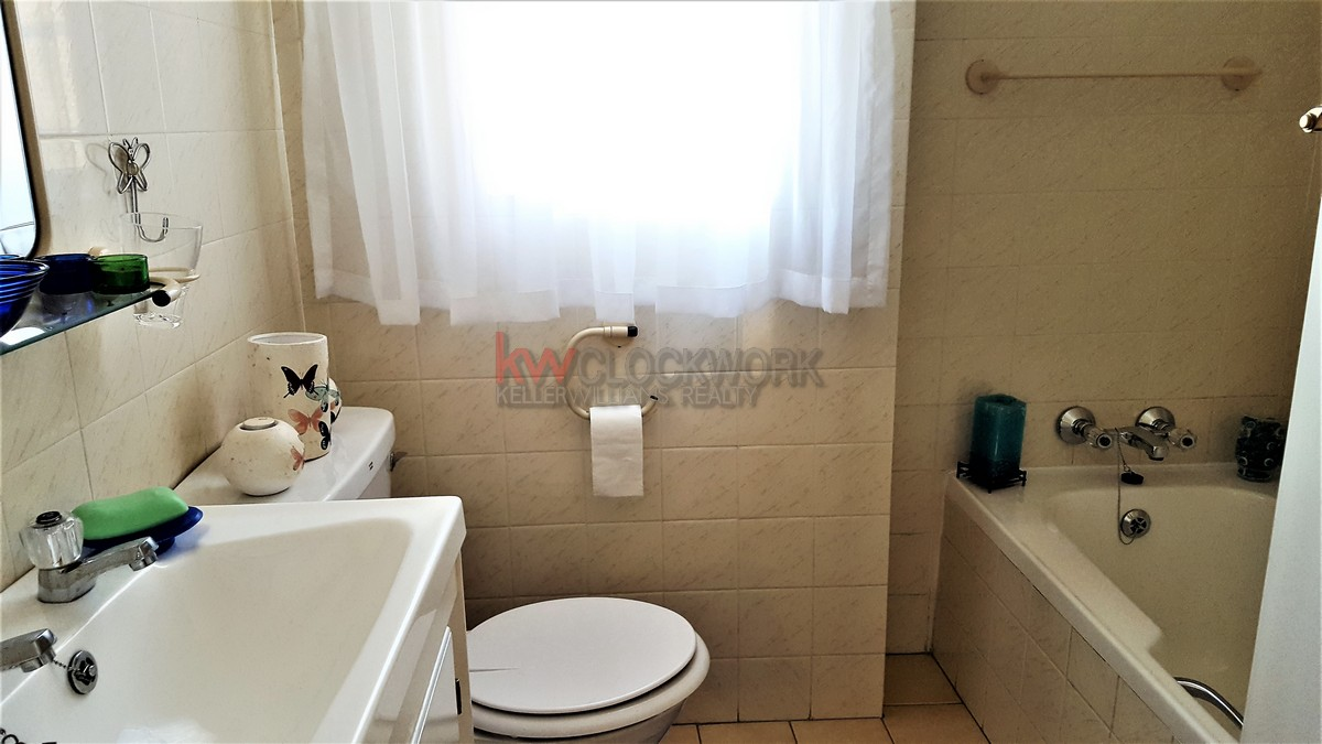 4 Bedroom Townhouse for sale in Bassonia ENT0074456 : photo#13
