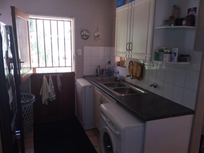 2 Bedroom House for sale in South Crest ENT0074616 : photo#11